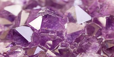 Beneficios de la alineacion de los chacras y piedras