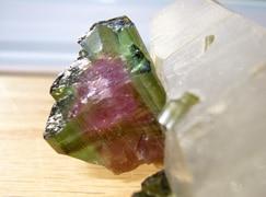 Usos de la piedra turmalina